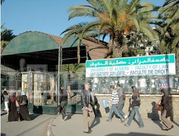 LA CORRUPTION ET LE PLAGIAT Une performance de l'Université algérienne